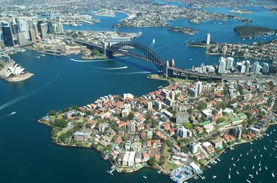 Sydney Harbour by Rodney Haywood, Wikimedia Commons