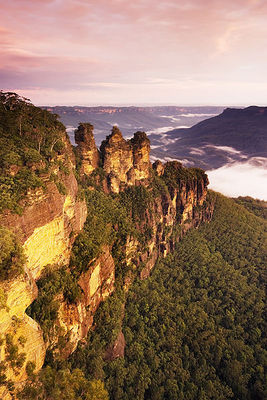 Three Sisters, Blue Mountains by JJ Harrison, Wikipedia